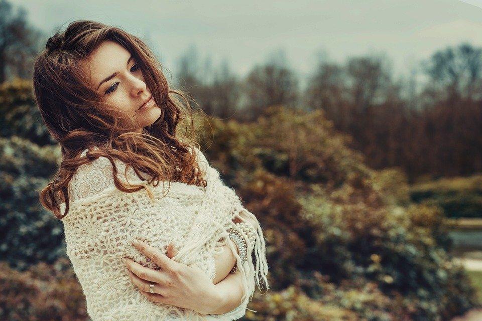 ¿Qué es la autocompasión y cómo puedo practicarla?